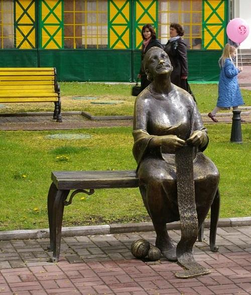 Knitting grandmother monument in Belgorod