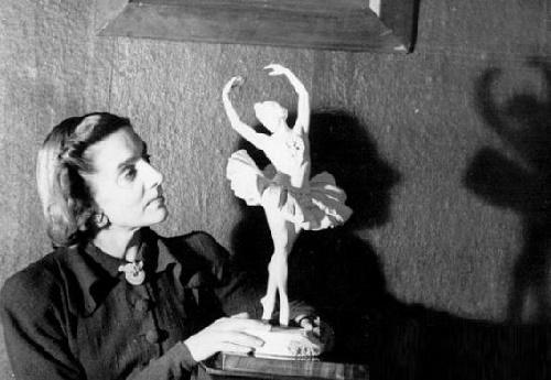 Ballerina Sculpture by Elena Yanson - Manizer. Legendary Ballerina Natalia Dudinskaya (1912-2003)