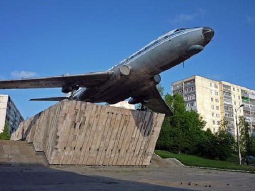 Tu-104 monument in Rybinsk, Yaroslavl region