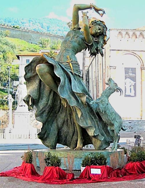 Esmeralda by Italian sculptor Gina Lollobrigida