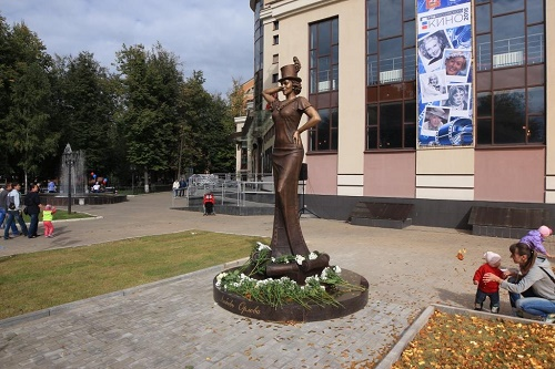 Monument to film actress Lyubov Orlova in Zvenigorod, Russia