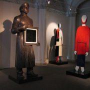 Holding his black square Kazimir Malevich. Sculptor Zurab Tsereteli