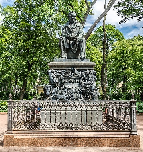 Ivan Andreyevich Krylov. Monument. Summer Garden, Kutuzov embankment, St. Petersburg