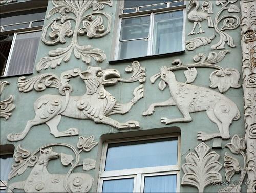 All bas-relief made on sketches of artist Sergei Vashkov