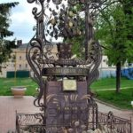 Pavlovo Lemon Monument in Nizhny Novgorod region