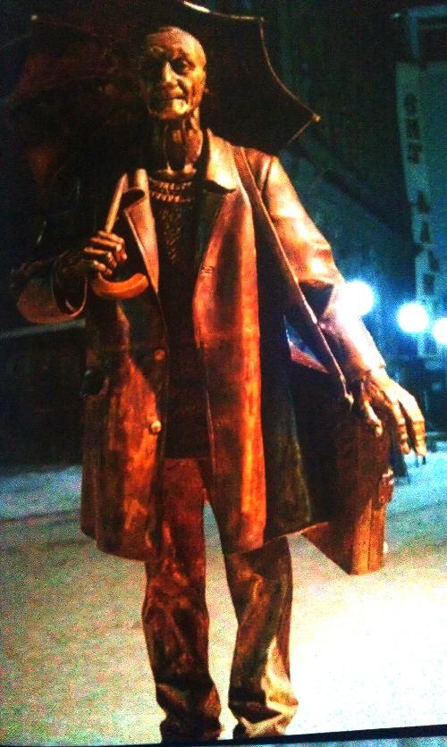 Siberian artist Andrey Pozdeyev monument in Krasnoyarsk. 2000. Author - sculptor Yuri Zlotya