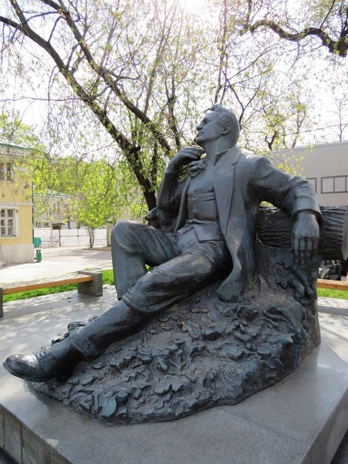 Feodor Chaliapin monument in Moscow