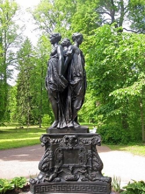 Pavlovsk (a copy of Canova's sculpture)