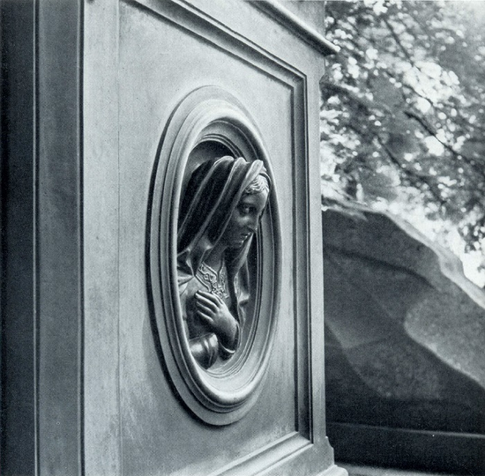 A.R. Bock. The tomb of PA Dubovitsky, Fragment. After 1868. Moscow, Necropolis of the Donskoi Monastery