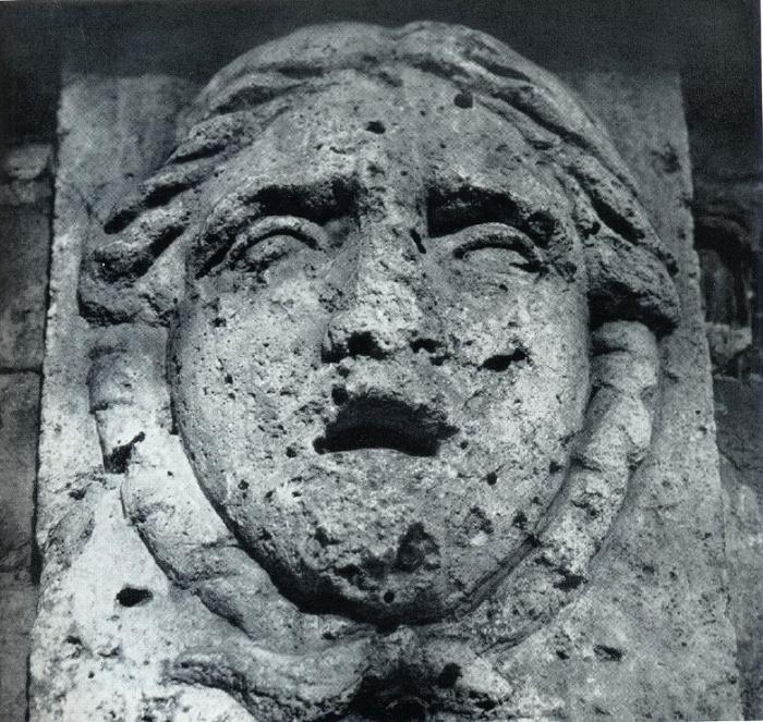 L. Ruska. The tomb of Ruska. The end of the XVIII century. Brick, marble, cast iron. Petersburg, Volkovo (Lutheran) cemetery