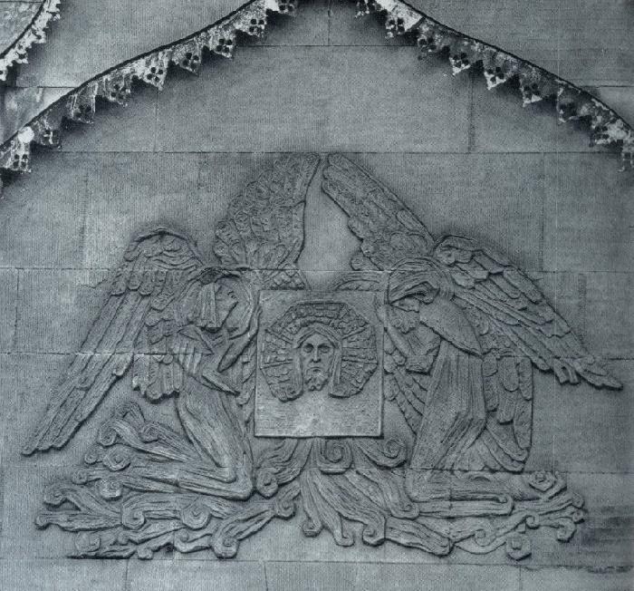 VA Pokrovsky. The Tomb of the Prokhorovs. 1911. Granite. The Old Necropolis of the Novodevichy Monastery
