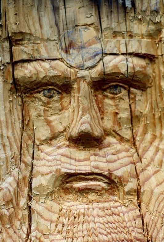 Slavic symbolic wooden sculpture in Togliatti
