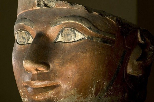 Queen-pharaoh Hatshepsut died in 1458 BC. e. Her death to this day remains a mystery