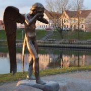 Weeping Angel. Minsk. Stories behind weeping monuments