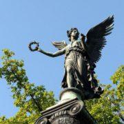 The goddess of victory Nika (Konnogvardeisky boulevard)