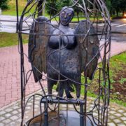 Veliky Novgorod, sculpture of the mythological bird placed in a cage