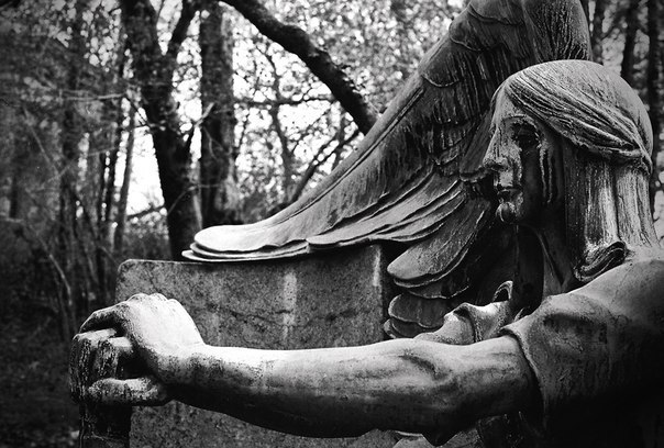 Mysterious Angel monument