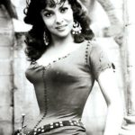 Gorgeous Gina Lollobrigida as Esmeralda