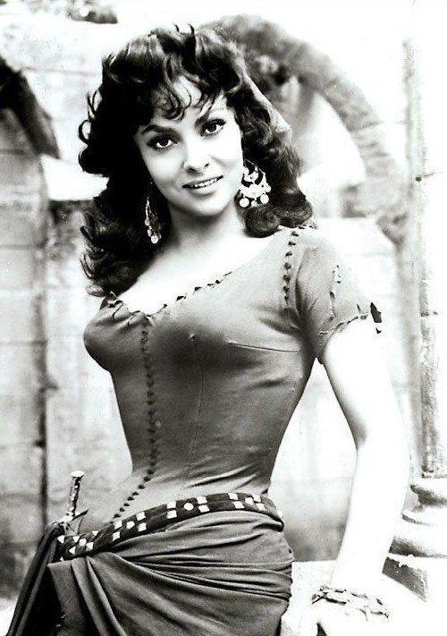 Gorgeous Gina Lollobrigida as Esmeralda