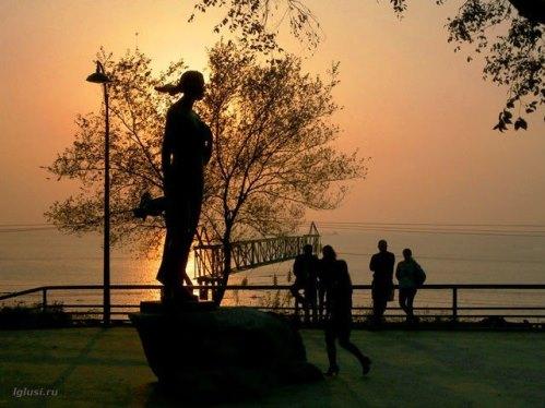 Famous Song Katyusha Monument at the sunset