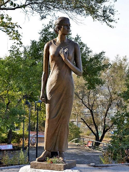 Monument to Katyusha