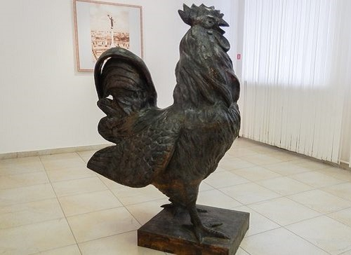 Rooster monument appeared in Belgorod