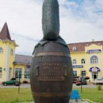 Last touch – Penza Jeweler monument