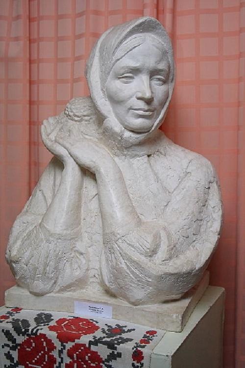 Galina Kalchenko. Sculpture of Katerina Bilokur. 2007