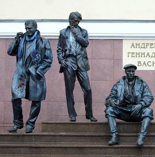 Monument to Tarkovsky, Shukshin and Shpalikov