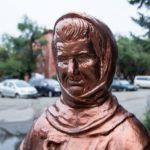 Monument to Ice-cream seller Zinaida Sinitsyna