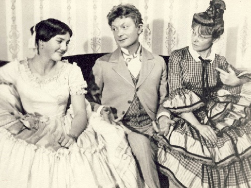 Zhanna Prokhorenko, George Vitsin and Lyudmila Gurchenko in the film 'The Marriage of Balzaminov' (1964)