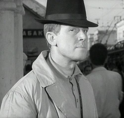 Detochkin (actor Smoktunovsky)