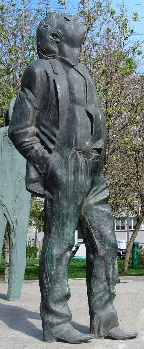 Joseph Brodsky monument in Moscow