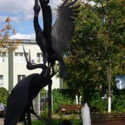 Cranes in love, monument in Cheryomushki