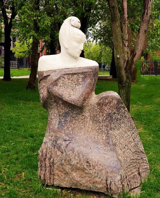 Work by sculptor Igor Chernoglazov - Ultra-romantic Black Shawl monument, 1999, marble, granite. Museon, Moscow