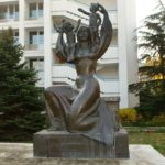 Monuments glorifying mothers and motherhood