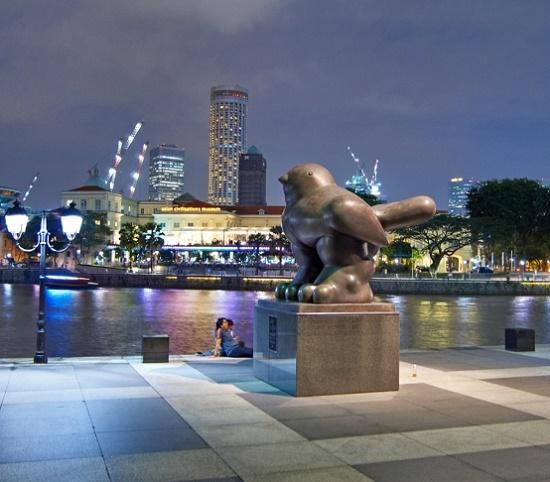 The bird, creation by the Colombian sculptor Fernando Botero