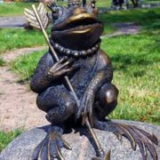 Children's park 'Youth', monument to Frog princess