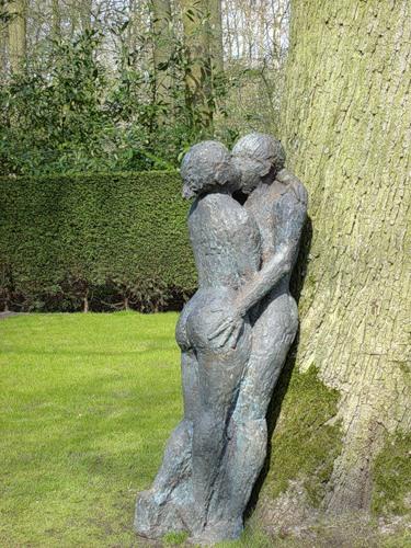 In the Keukenhof flower park, the Netherlands. Monument to kissing lovers