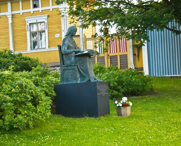 Rauma, Finland monument to a lace maker
