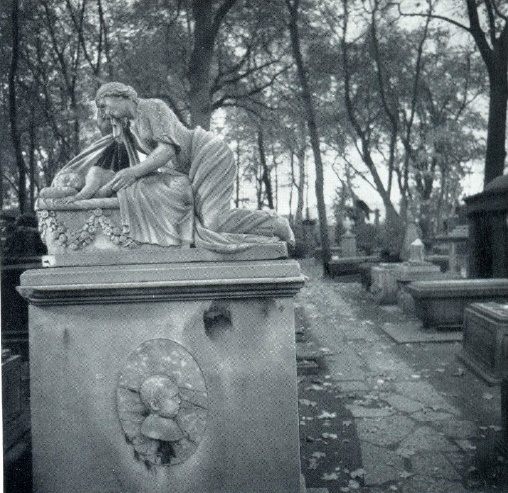 A. Triscorni. The tomb of N. Demidov. The 1800s. Marble. Necropolis of the XVIII century Alexander Nevsky Lavra. St. Petersburg