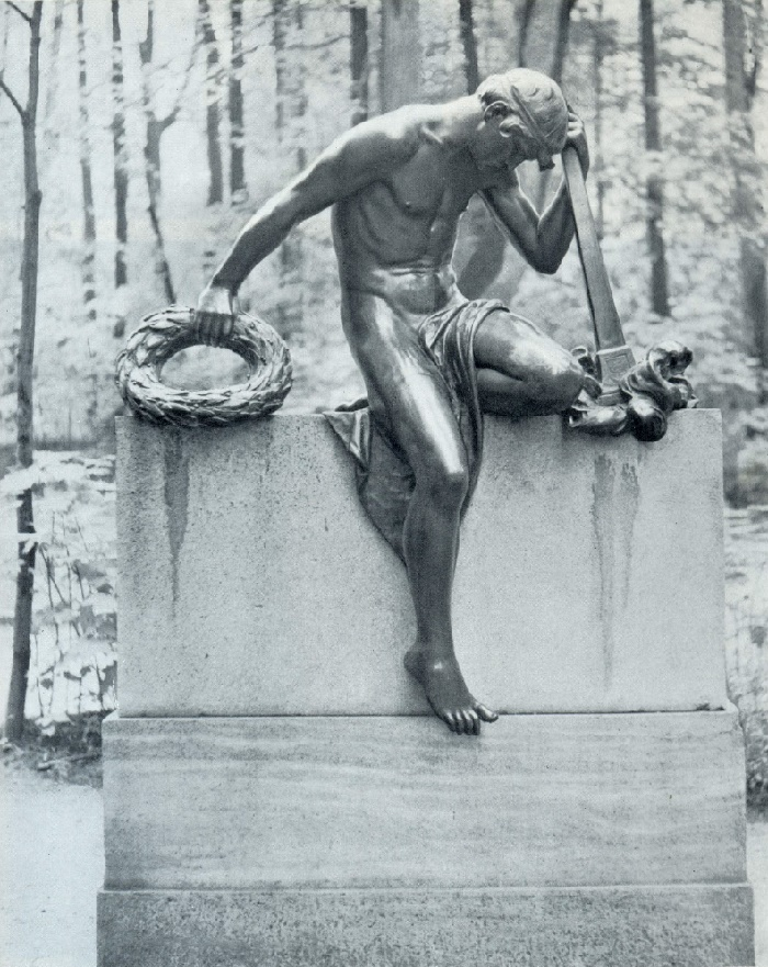 S.-G. Bart. The tomb of NF Yusupov. 1908. Bronze, granite. Moscow, Palace-Museum in Arkhangelskoe (park area)