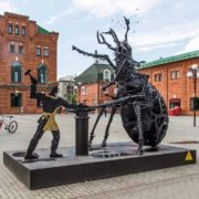 The giant flea monument caused an ambiguous reaction of the inhabitants of Tula