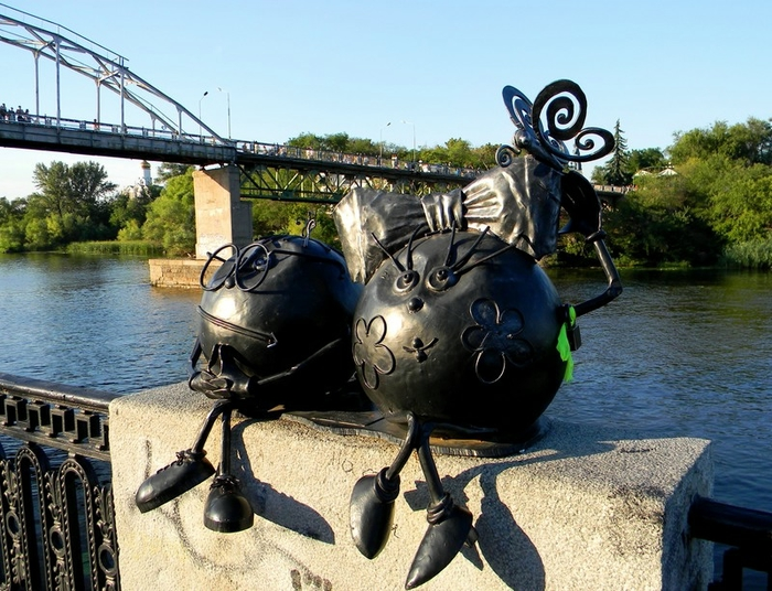 Dnepropetrovsk, Ukraine. Monument to a couple of Koloboks