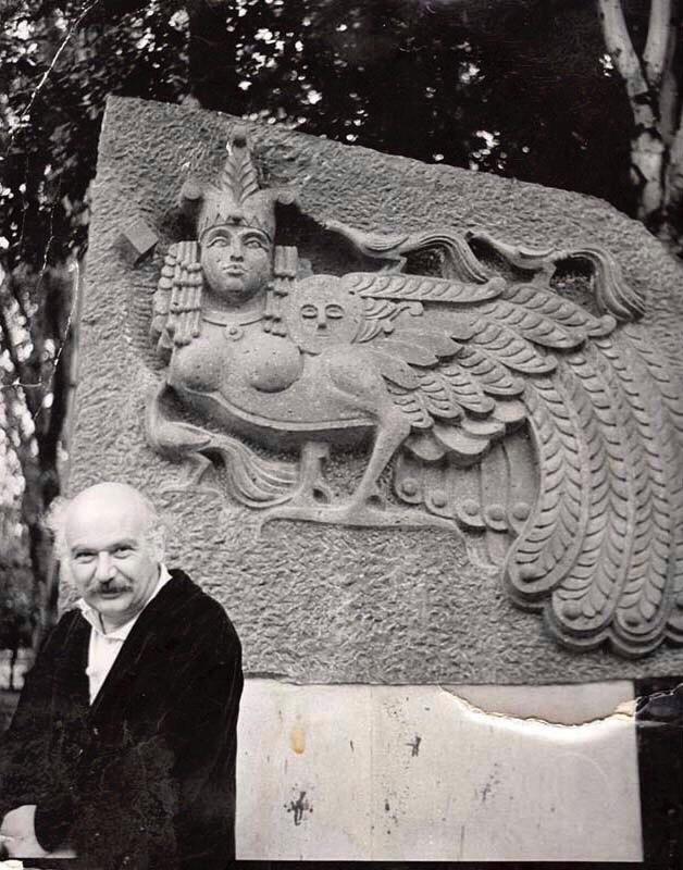 Armenian sculptor Ara Armenovich Arutyunyan