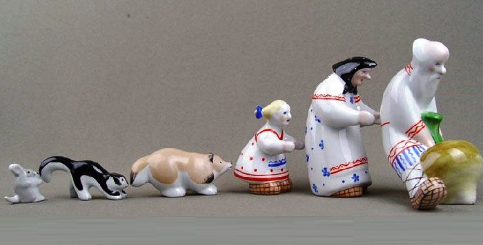 Porcelain sculptural composition 'Repka'. Artist Nikolay Rozov