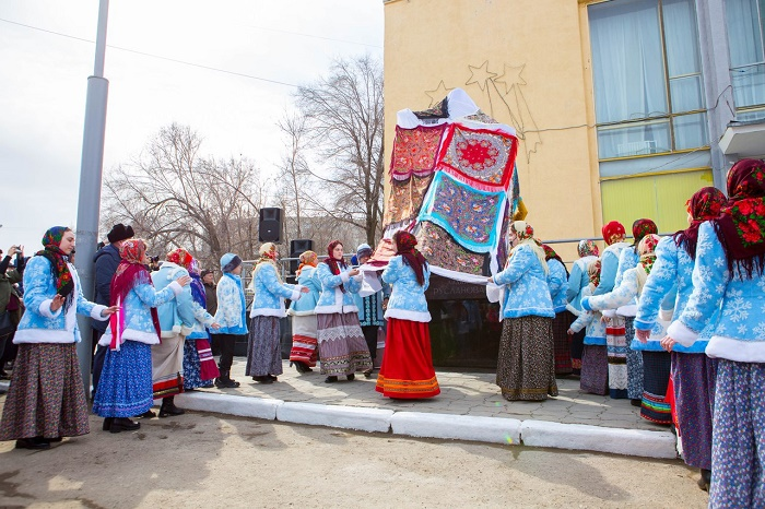 Held on April 3, 2018, opening ceremony, monument to Ruslanova