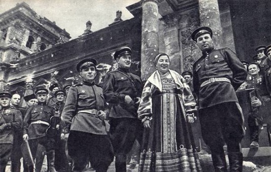 On the steps of the Reichstag, May 1945, Lidiya Ruslanova