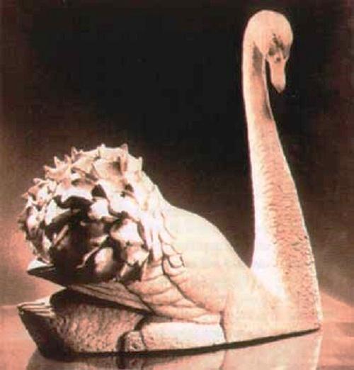 Swan. 1950s Fireclay